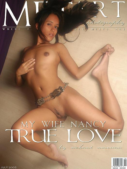 年轻漂亮的舞蹈学员Nancy室拍人体