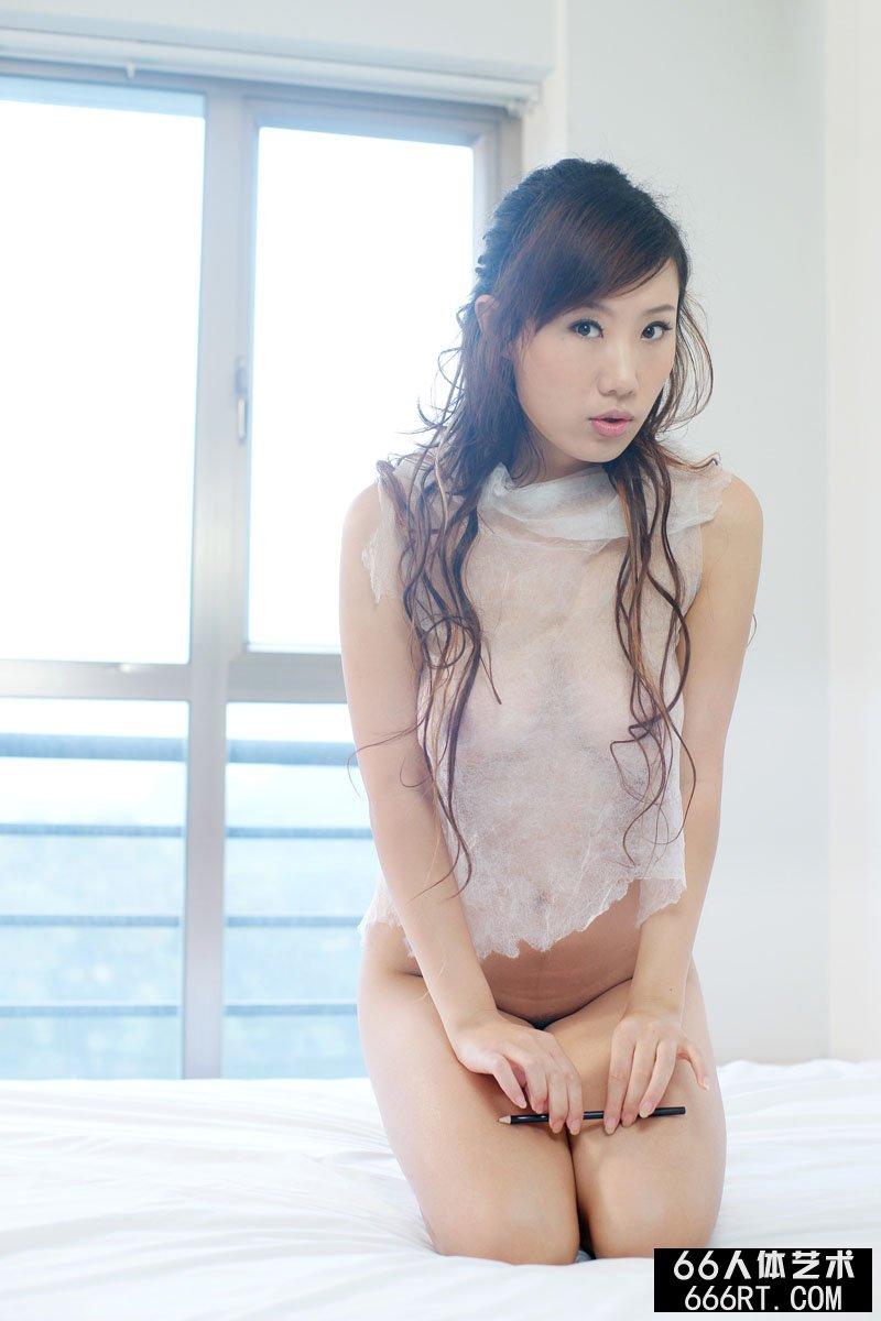 名模蓝依09年12月5日情趣室拍
