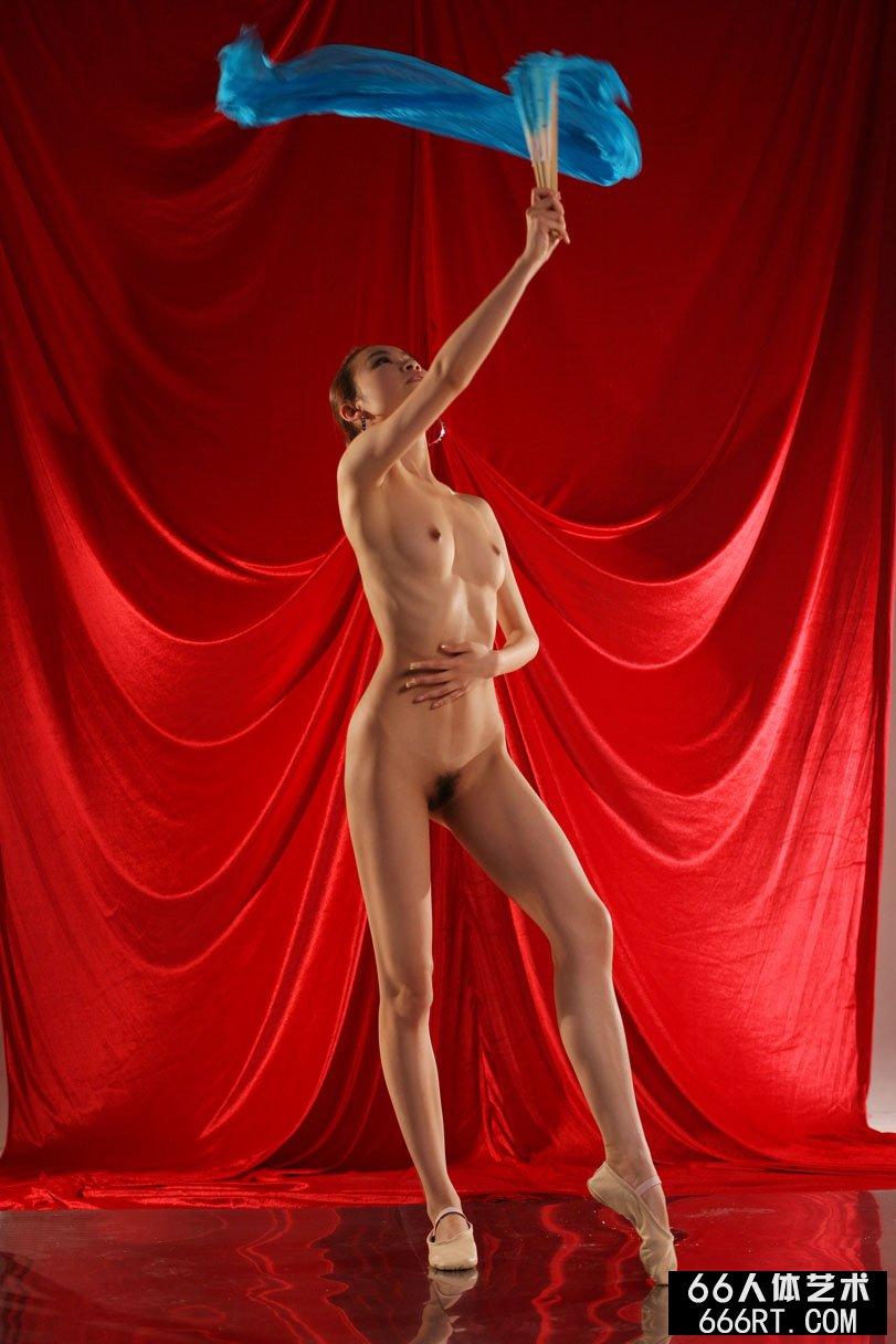 裸模贝贝09年4月15日棚拍舞蹈