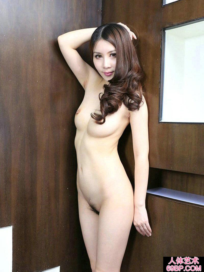 ��模靓女慕容紫杉酒店人体��g写真